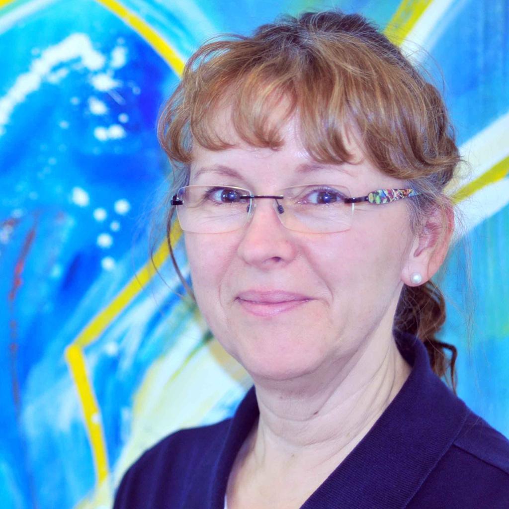 Angelika Rüger, Assistenz